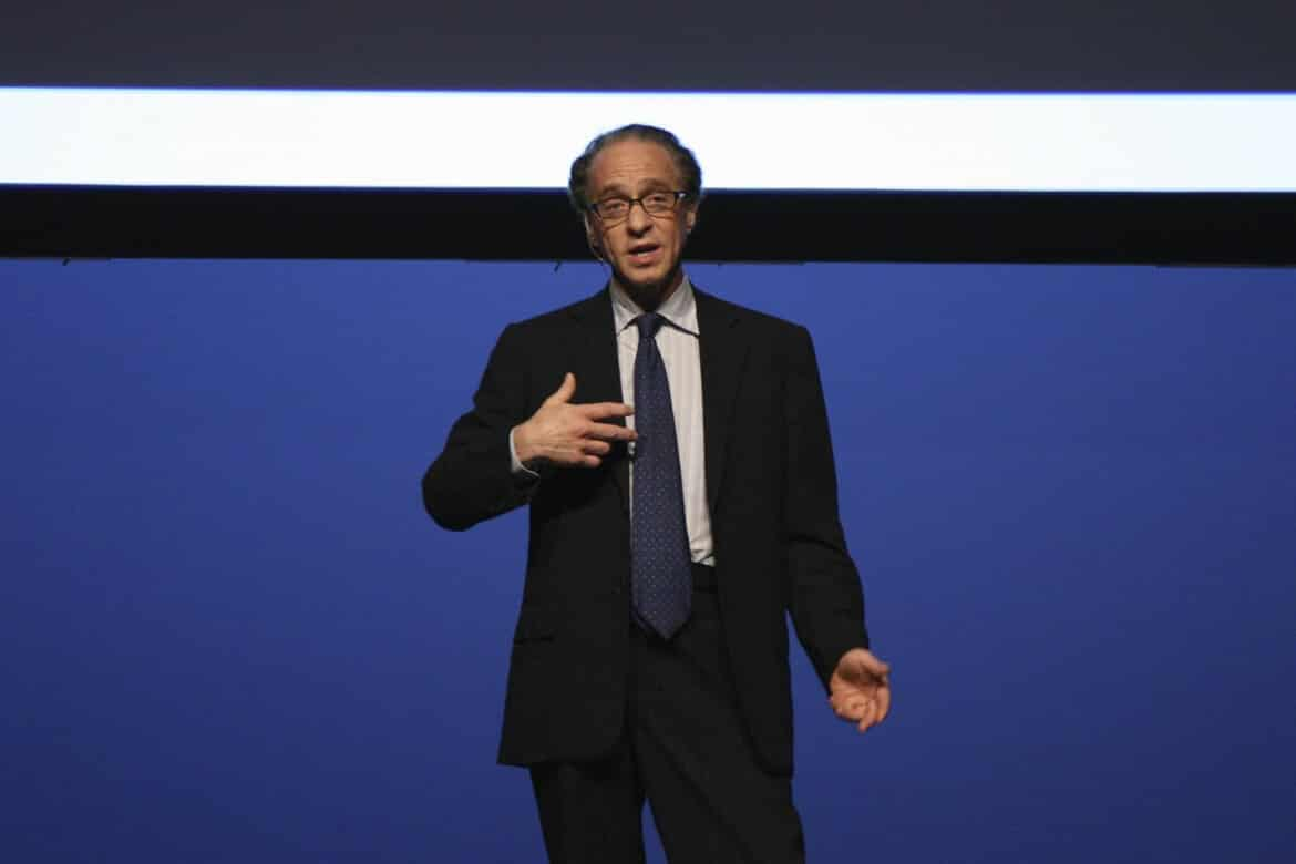 Hardware Startups Should Care About Ray Kurzweil, Here's Why