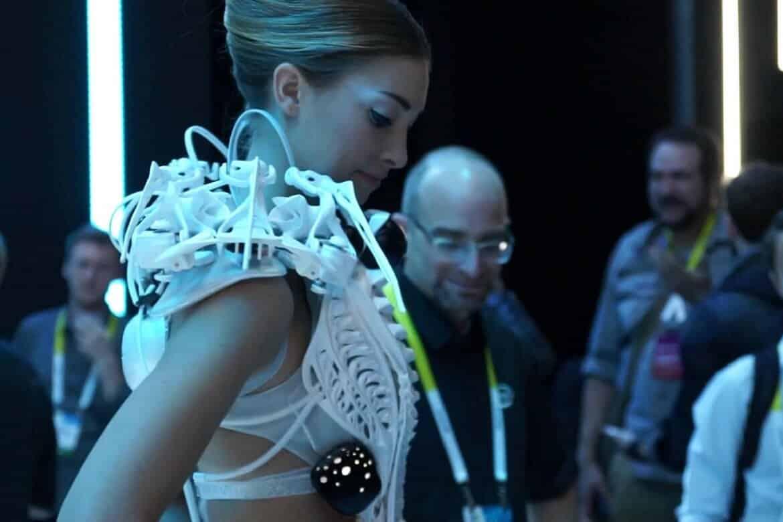 Anouk Wipprecht's Mesmerizing Futuristic Dresses