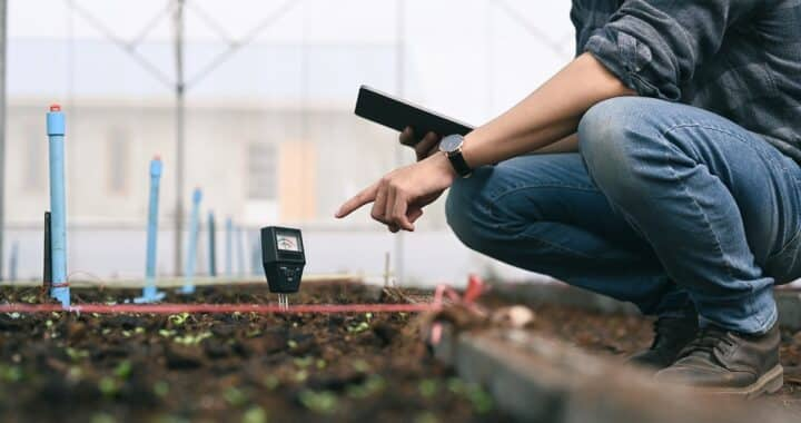 Smart,Young,Asian,Agronomist,Man,Measure,Soil,With,Digital,Device